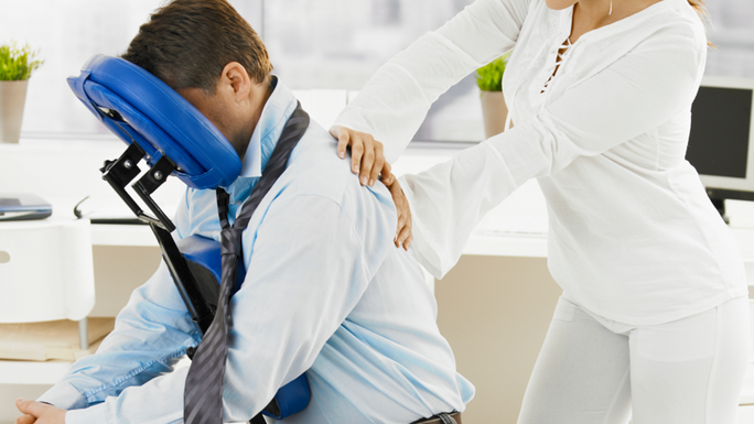 Benefits of Corporate Wellness Chair Massage in the Workplace
