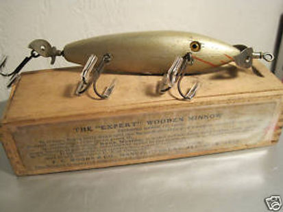 fc woods 5 hook w box 1906.jpg
