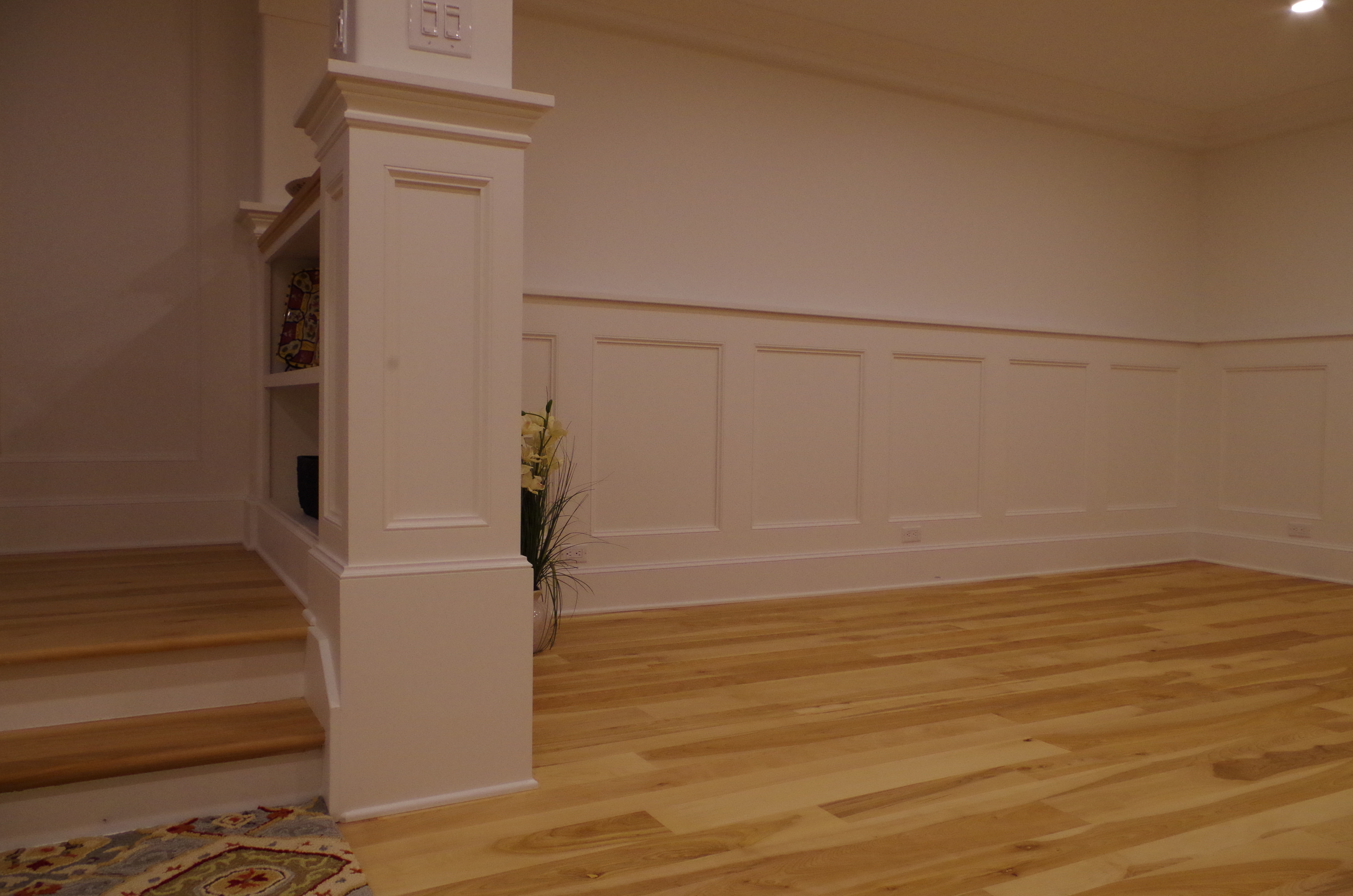 wainscoting,panels