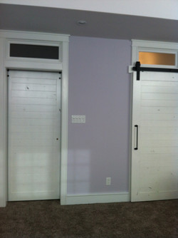 barn doors with transoms