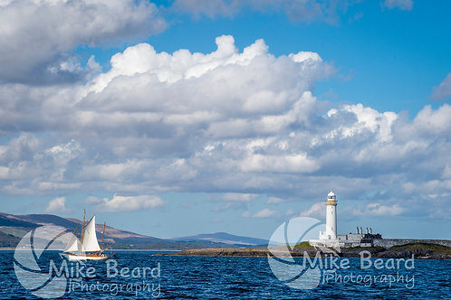SAILING BY LISMORE LIGHTHOUSE