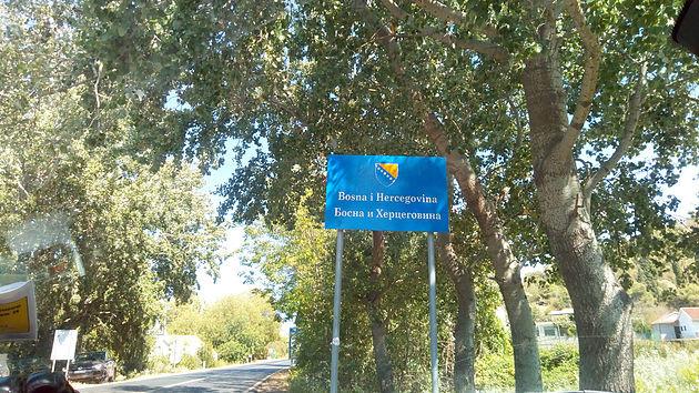 Drive from Croatia through Bosna i Hercegovina to Montenegro