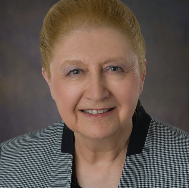Dr. Rosa Bruno-Jofre