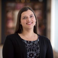 Dr. Lindsay Morcom