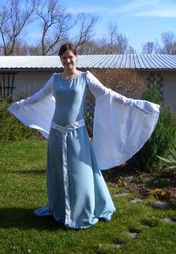 2.Kleid
