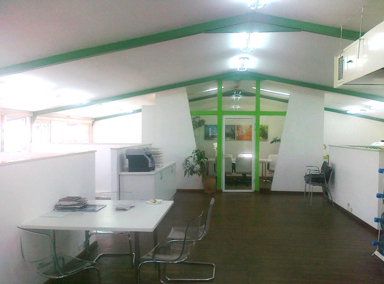 חלל המשרד