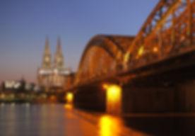 Hohenzollernbrücke_Köln.jpg