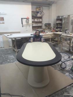 Изготовление  стола из камня