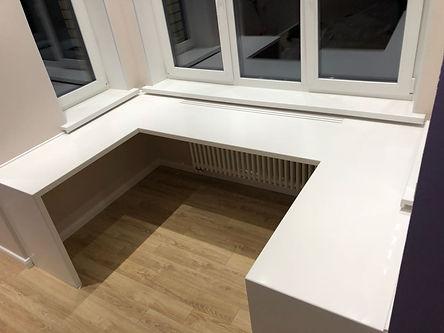 стол п-образный из искусственного камня