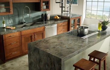 Покрытия рабочей зоны кухни искусственным камнем