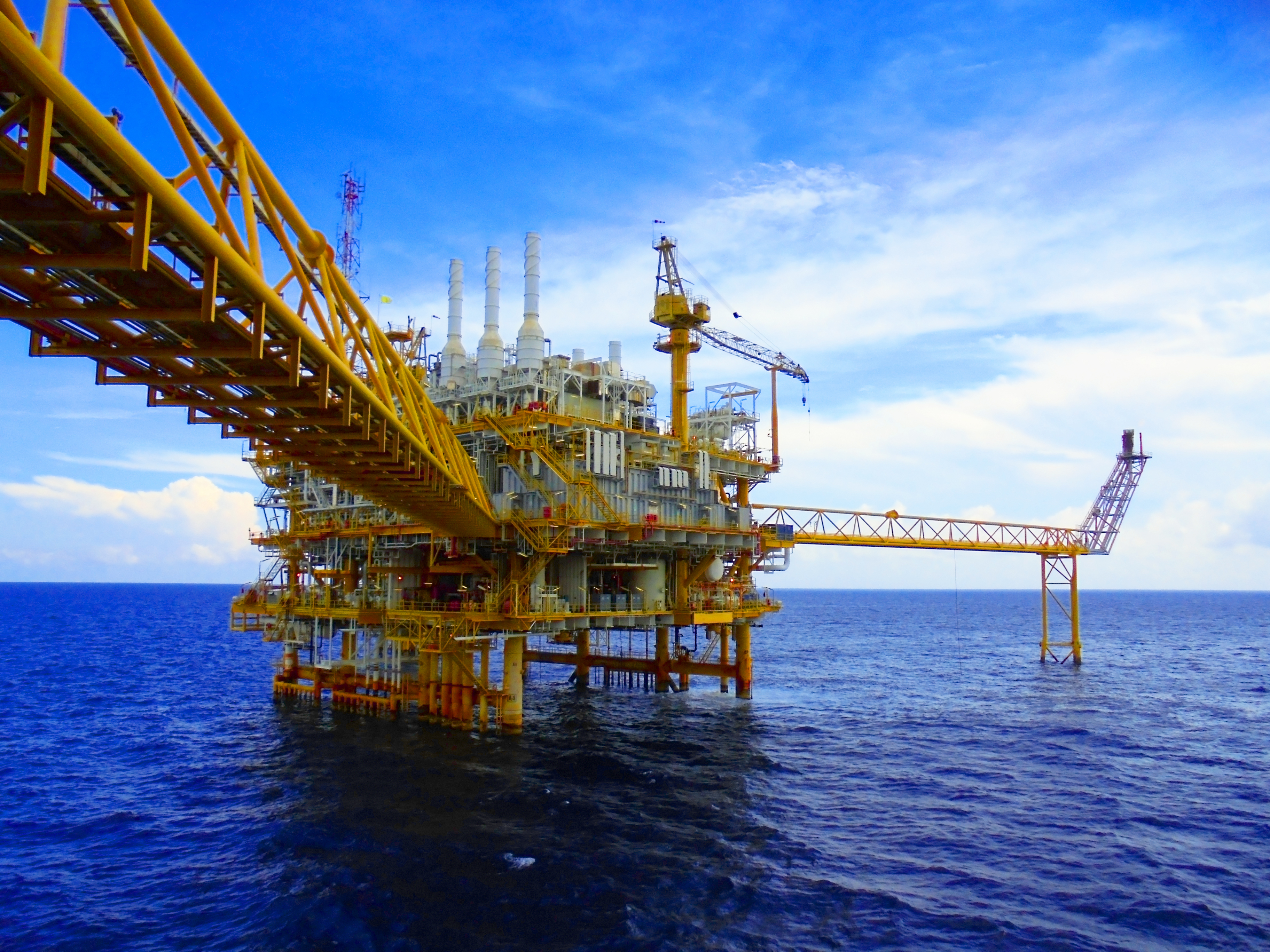 Oil&Gas Production Platform.jpg_Bridge to Production Platform