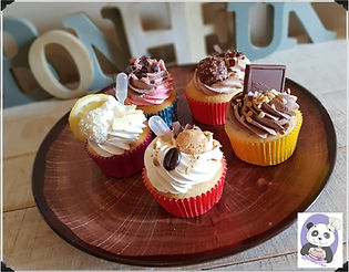 cupcakes 1b.jpg