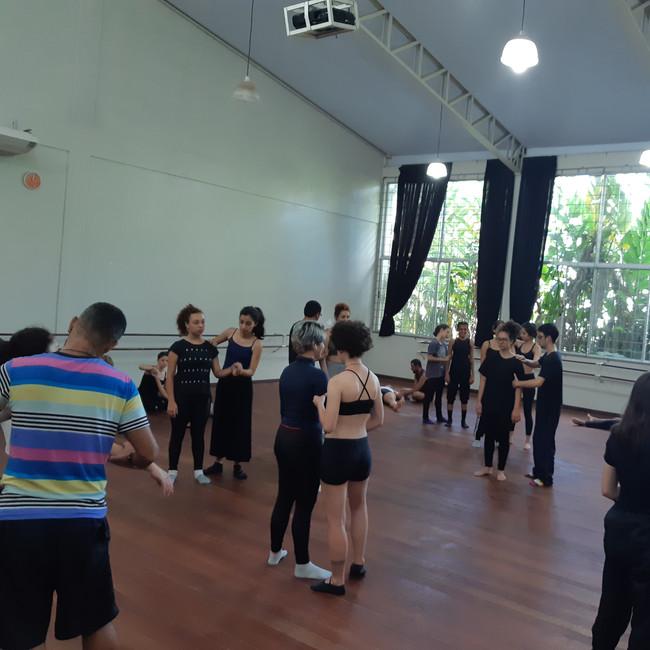 Workshop für Tanzstudent*innen in Brasilien