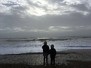 Beach & Kids - by Suzie