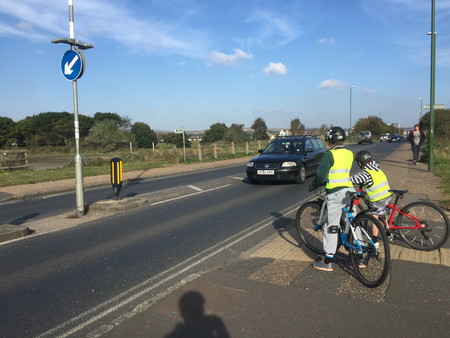 Better access to Adur Rec needed