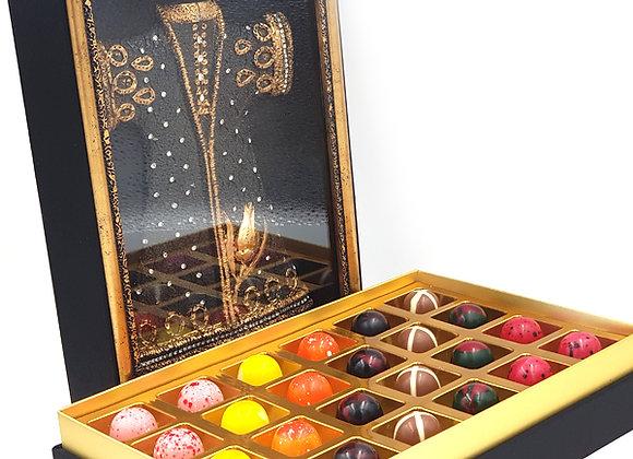 Kabartmalı Çerçeveli Özel Kutuda Çikolata-2