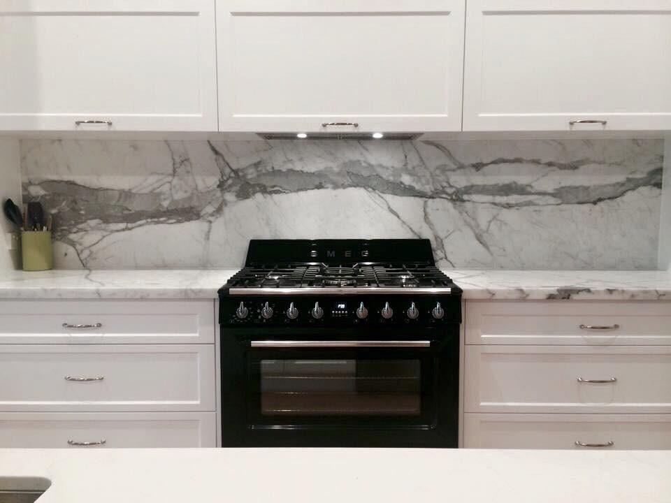 2 Pac Kitchen with Stone Splash Backs