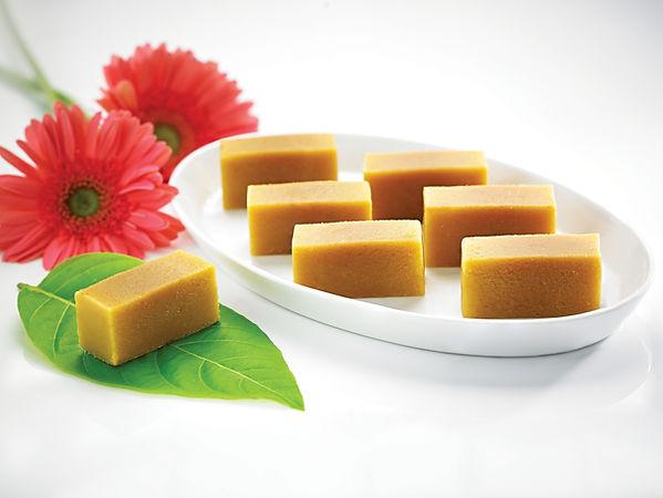 Ganga sweets-SPL mysore pak 66172.jpg