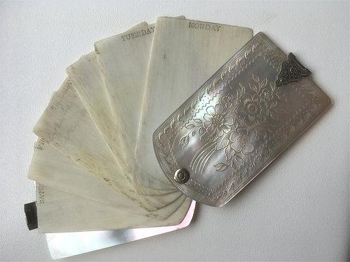 A Victorian silver gilt aide memoire