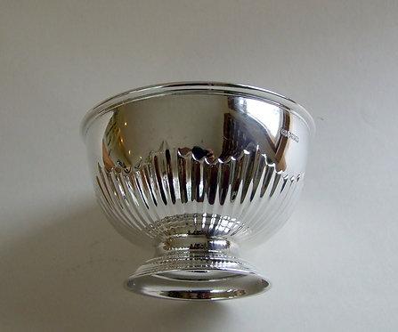 An Edwardian silver half fluted small rosebowl.