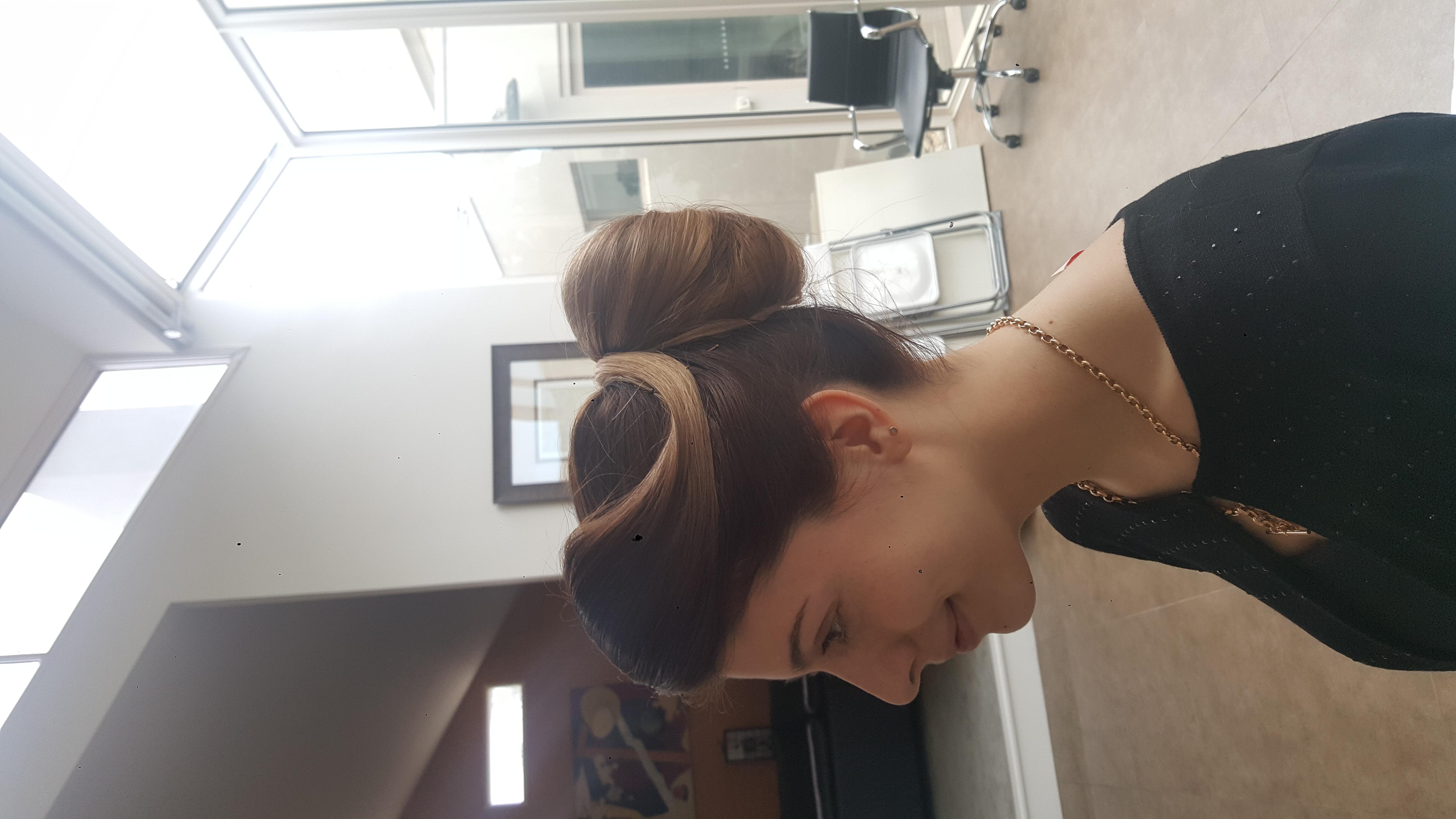 Vintage bun updo