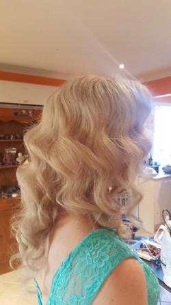 Bridemaid Vintage Curls