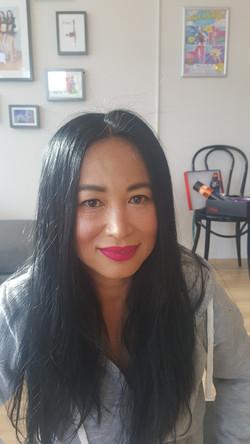 Natural Make up bright lip