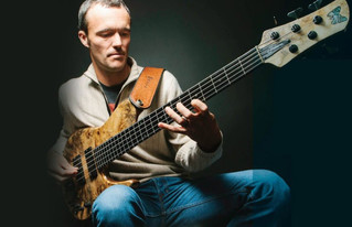 Light Years | Janek Gwizdala | Bass Melody Play Through