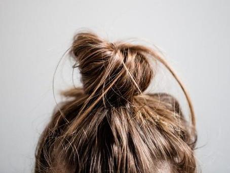Masque protéiné pour cheveux dans la tourmente (c'est-à-dire secs ou gras)