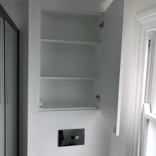 Clever storage cupboard and good use of space