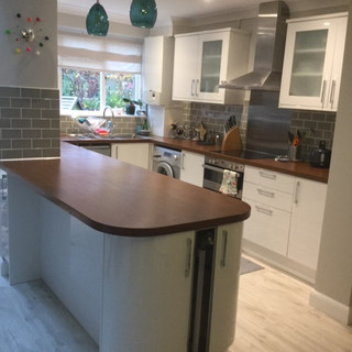 Small extension adding the breakfast bar to existing kitchen