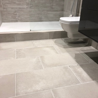 Tiled floor with electric underfloor heating
