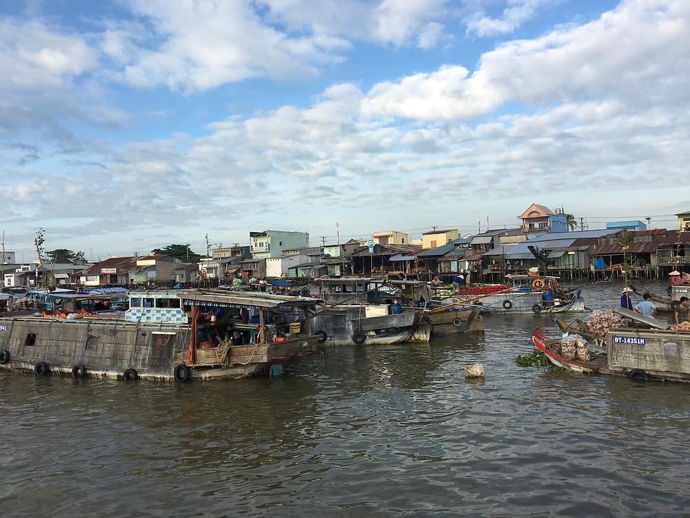 Plávajúce trhy Mekong river