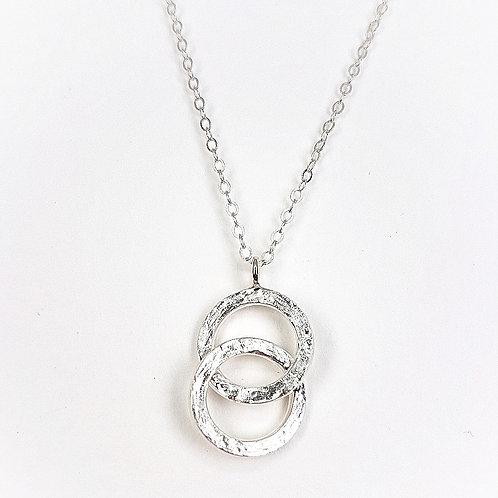 Silver pendant small Interlocking circles