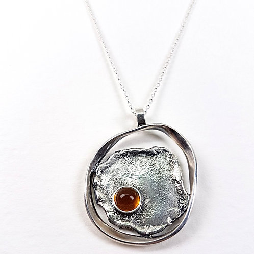 Oxidized silver unformed pendant with Citrine stone