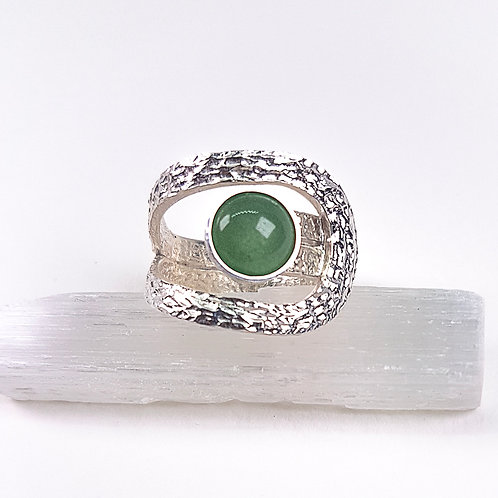 Sterling silver ring with Green Aventurine stone