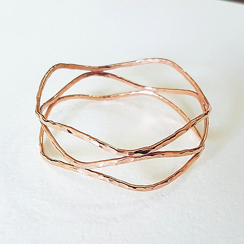 Great rose gold Wave triple bangle
