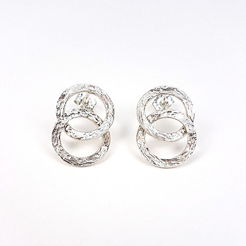 Silver small Interlocking circles stud earrings