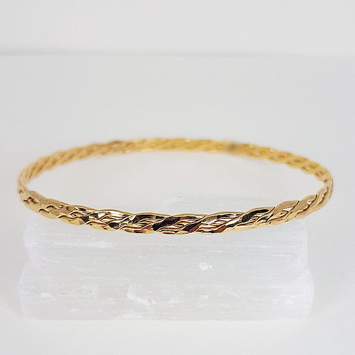 Gold hammered bracelet Braid