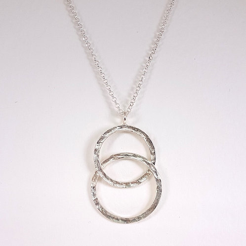 Silver large Interlocking circles pendant