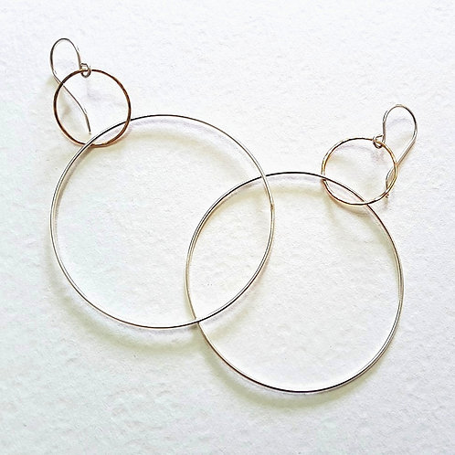 Trendy Large Earrings Two Hoops in Silver and Gold