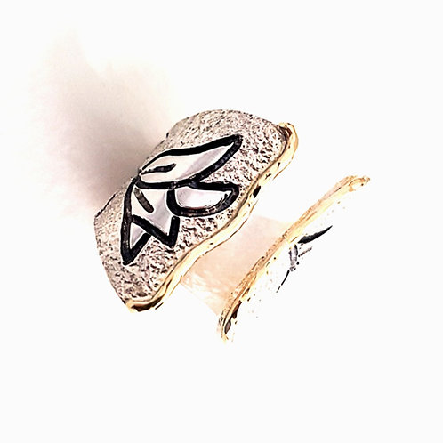 Large open silver with 9k gold ring The Black tulip