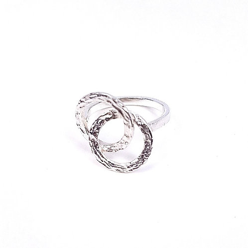Silver small Interlocking circles ring