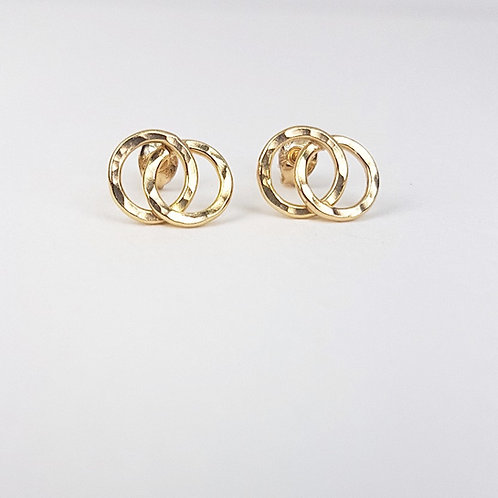 Gold small Interlocking circles stud earrings