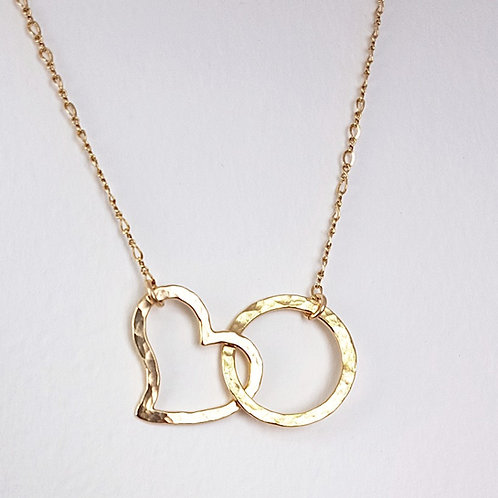 Gold pendant Interlocking Open heart with circle
