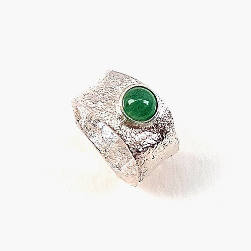 Reticulated unformed silver ring with Aventurine stone