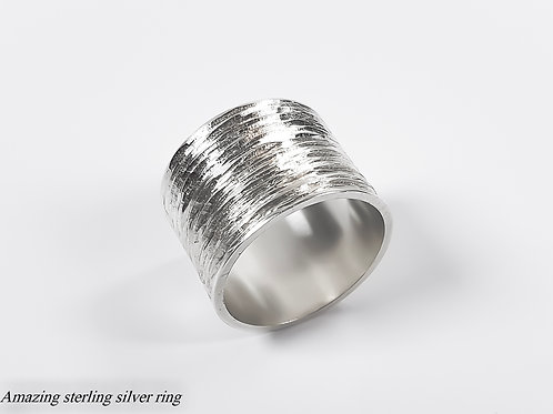 Amazing sterling silver ring