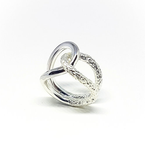 Large interlocking sterling silver ring