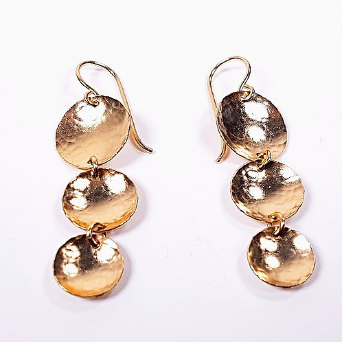 Gold hammered earrings Grapelets