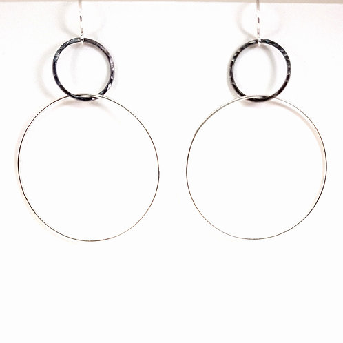 Modern two hoops large earrings in silver and oxidized silver